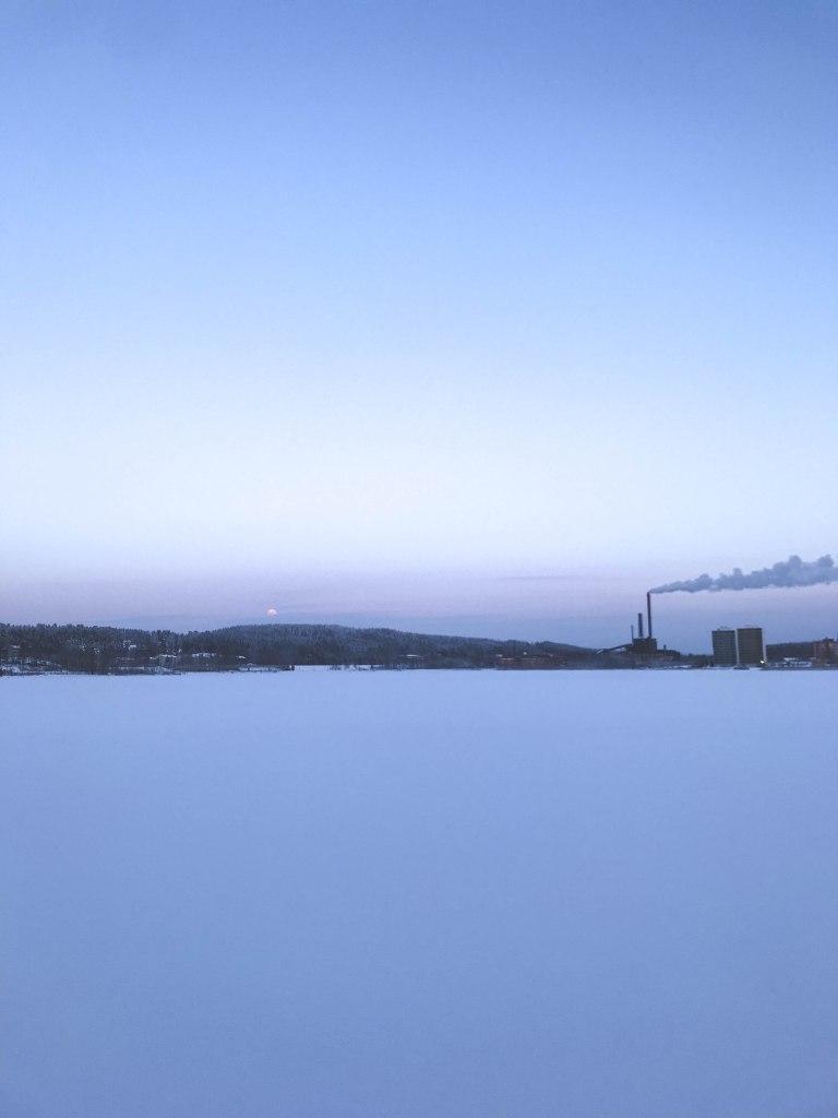 Näsijärvi pakkasaamuna tammikuussa 2019